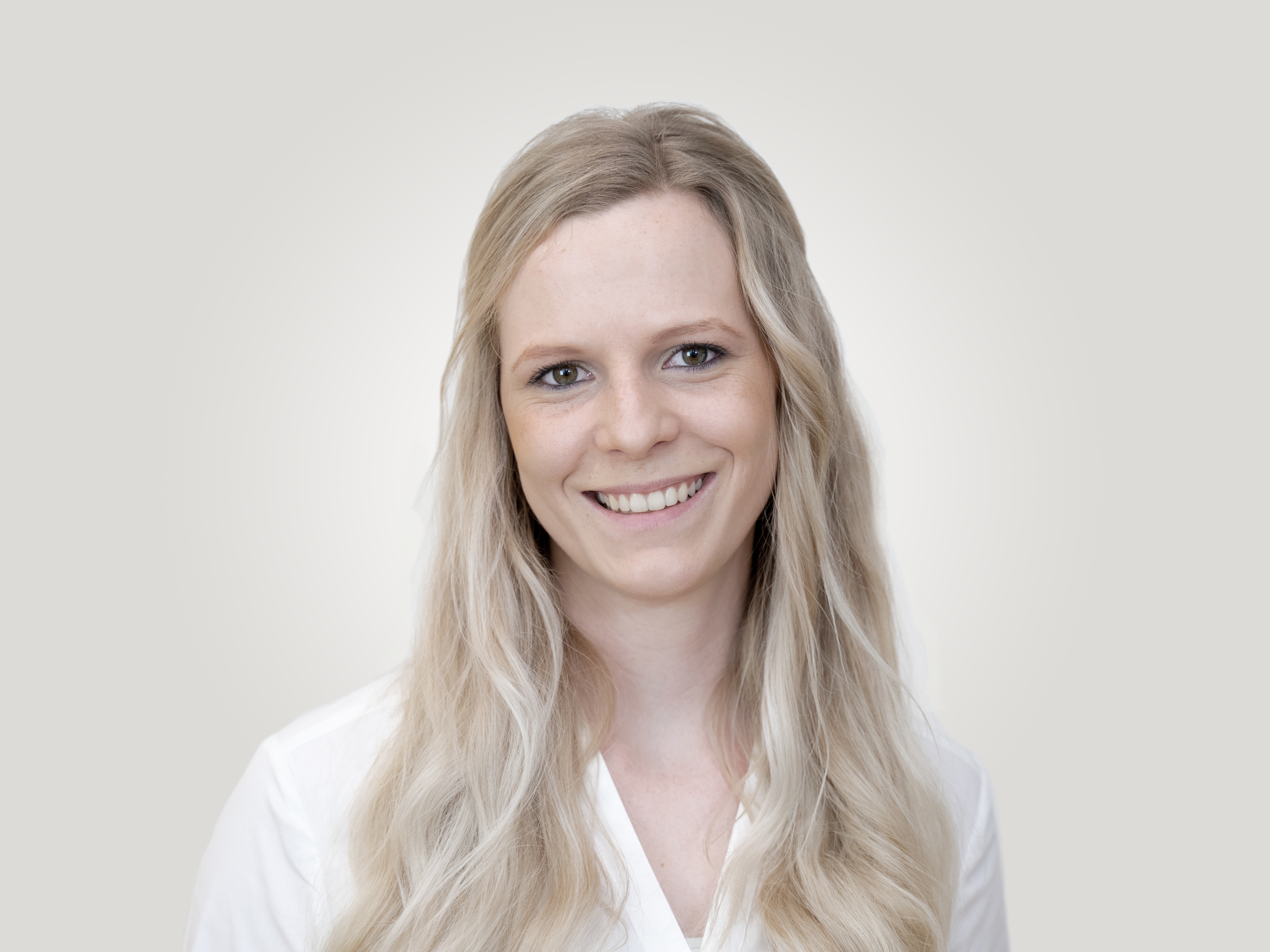 Laura Dietz Mitarbeiterin MKG PLUS Fachzahnarzt Zentrum Münster