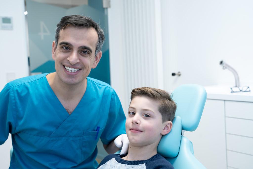 Behandlung von Karies bei Kindern Zahnarzt MKG PLUS Münster